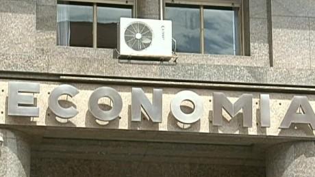 cnnee cafe vo argentina bonos nuevos economia _00001301