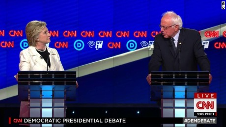 Clinton campaign won't release speech transcripts