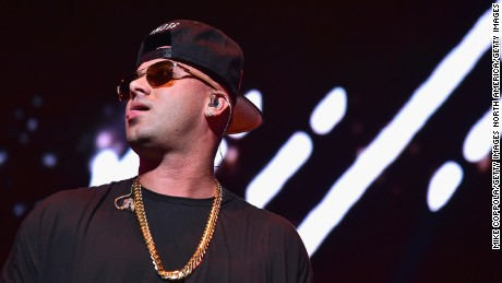 NEW YORK, NY - OCTOBER 28:  Wisin performs onstage during the Mega 97.9 Megaton Concert at Madison Square Garden on October 28, 2015 in New York City.  (Photo by Mike Coppola/Getty Images)