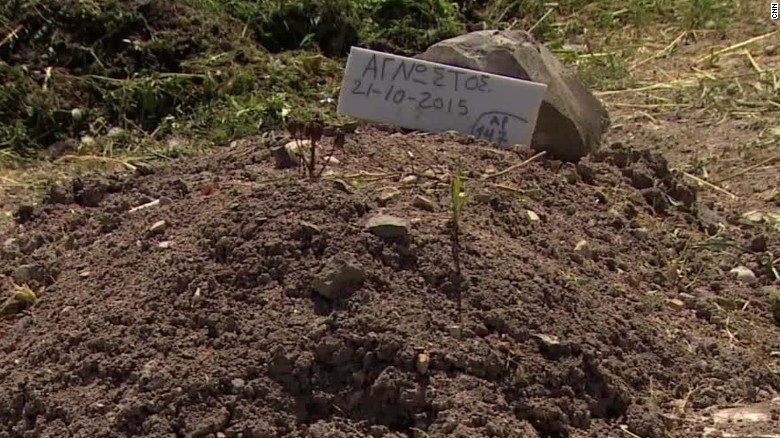 greece cemetery migrants atika shubert pkg_00013121