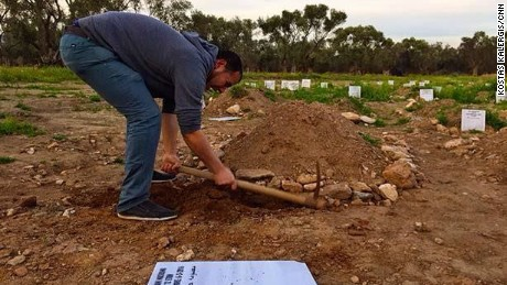 Mustafa Dawa digs graves but also conducts Muslim burial rites for refugees who failed to make the crossing.