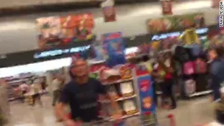 ecuador earthquake grocery store vo_00010619