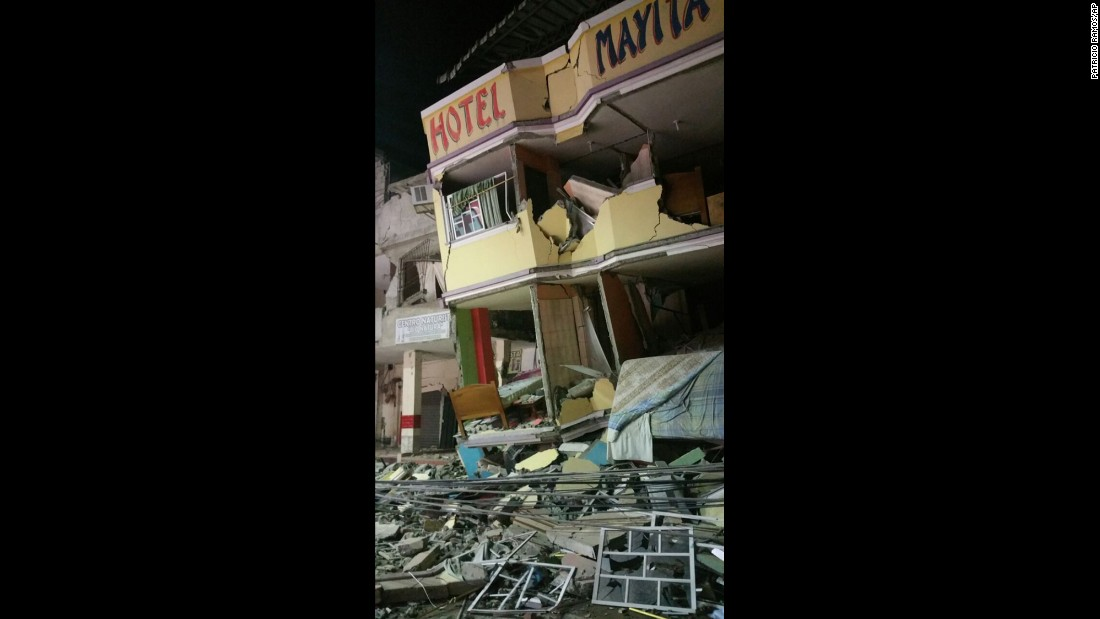 An hotel leans after the earthquake in Manta on April 16.