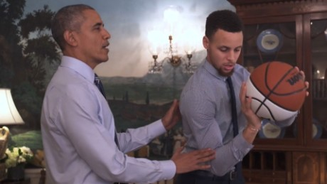 Obama Stephen Curry PSA newday_00000000