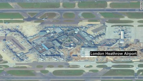 drone hits plane at london airport pleitgen newsroom_00003122