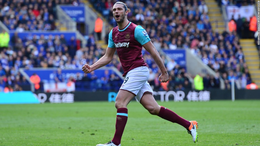 Andy Carroll of West Ham United celebrates after scoring his team's first goal of the game from the penalty spot during the Premier League match between Leicester City and West Ham United.