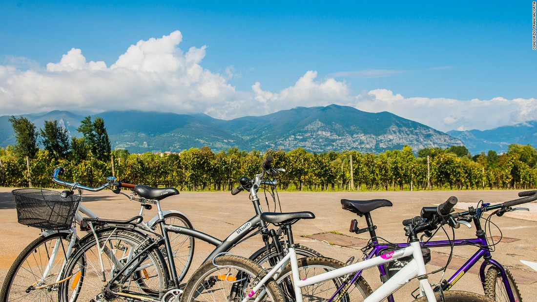 Here are eight day trips within easy reach of Milan. Grape-lovers will enjoy bike tours around the Franciacorta wine-making region, as well as the local refreshments.