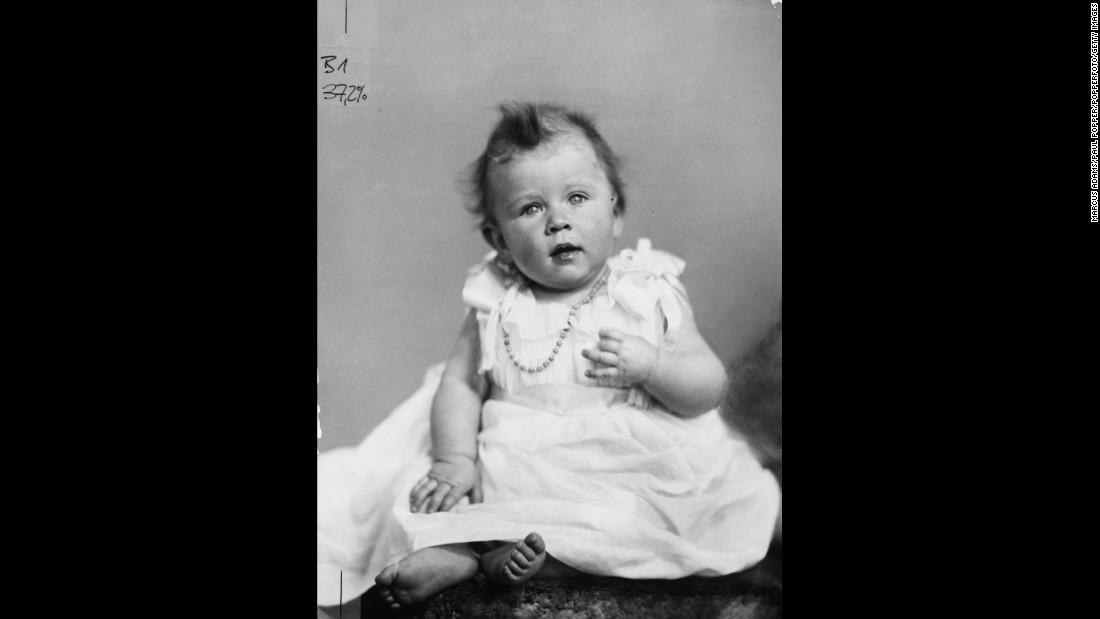 Portrait of Princess Elizabeth in December 1926.
