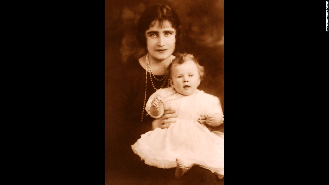 The Duchess of York poses for a portrait with Princess Elizabeth in 1926.