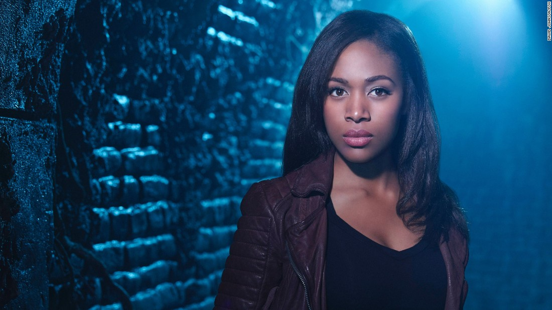 "Abbie Mills, the law-enforcement-officer-turned-demon-fighter portrayed by actress Nicole Beharie, died in the season three finale of Fox's ""Sleepy Hollow."""