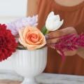 06 lyric florist