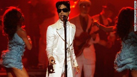 Who decides fate of Prince's music 'vault'?