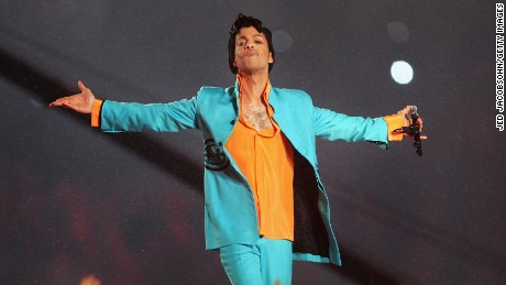 "MIAMI GARDENS, FL - FEBRUARY 04:  Musician Prince performs during the ""Pepsi Halftime Show"" at Super Bowl XLI between the Indianapolis Colts and the Chicago Bears on February 4, 2007 at Dolphin Stadium in Miami Gardens, Florida.  (Photo by Jed Jacobsohn/Getty Images)"