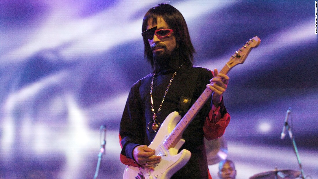 Is that you Prince? -- He reportedly wore this wig, sunglasses, and false goatee as a disguise when he played with the opening act of The 10th Anniversary Essence Music Festival on July 2, 2004 in New Orleans.<br />