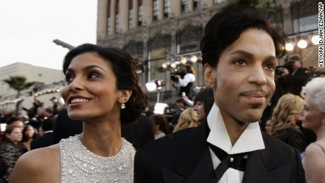 Prince arrives with wife Manuela Testolini for the 77th Academy Awards in Los Angeles in 2005.