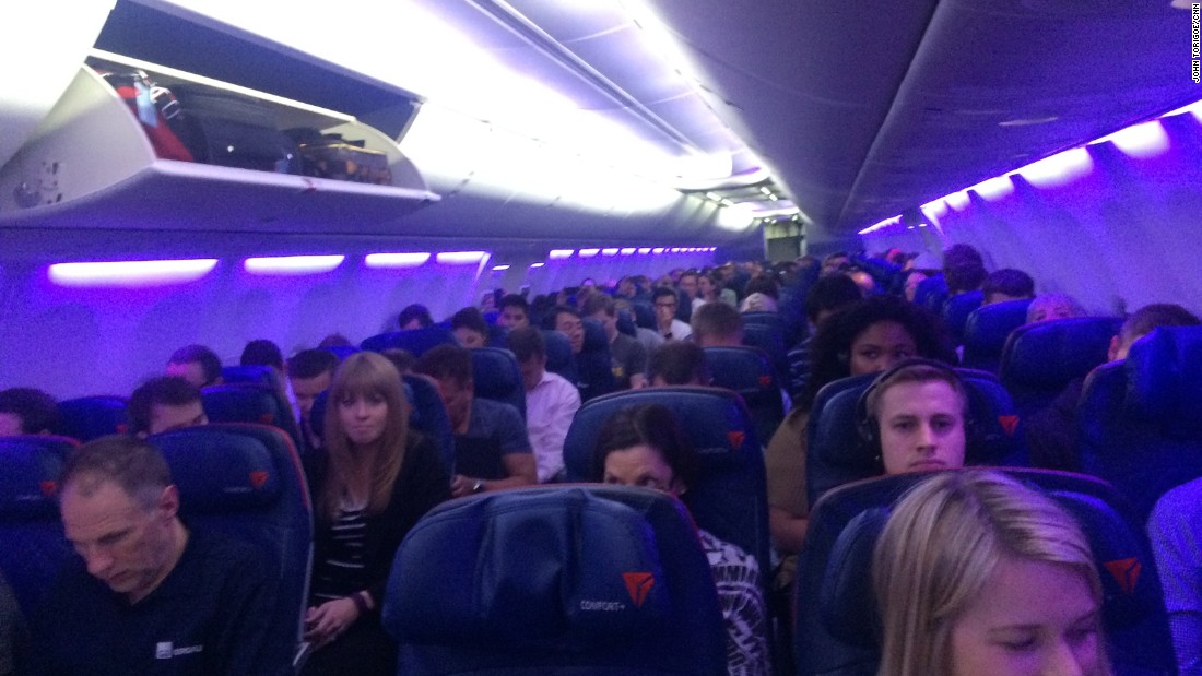 Delta Air Lines Flight 1668 from Los Angeles to Minneapolis shaded its cabin Thursday in the color purple in honor of Prince.