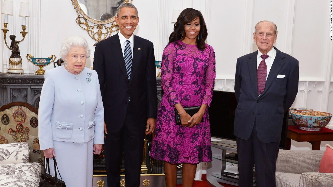 Elizabeth, the President, the first lady and Philip pose for a photograph in the Oak Room ahead of a private lunch at Windsor Castle on April 22, 2016.
