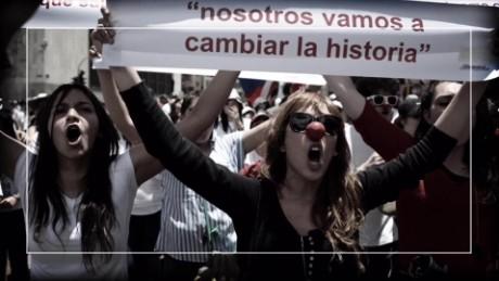 cnnee pkg digital expatriados hablan sobre la paz en colombia _00001528