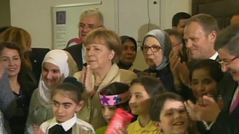Angela Merkel visits refugee camp in Turkey