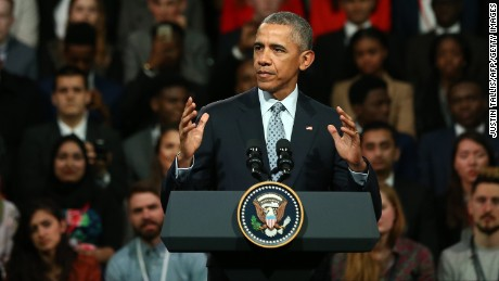 US President Barack Obama gives a speech in central London on April 23, 2016.