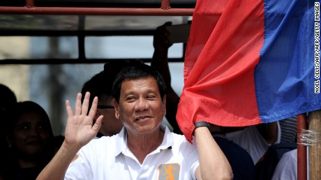 Rodrigo Duterte poised to win in Philippines