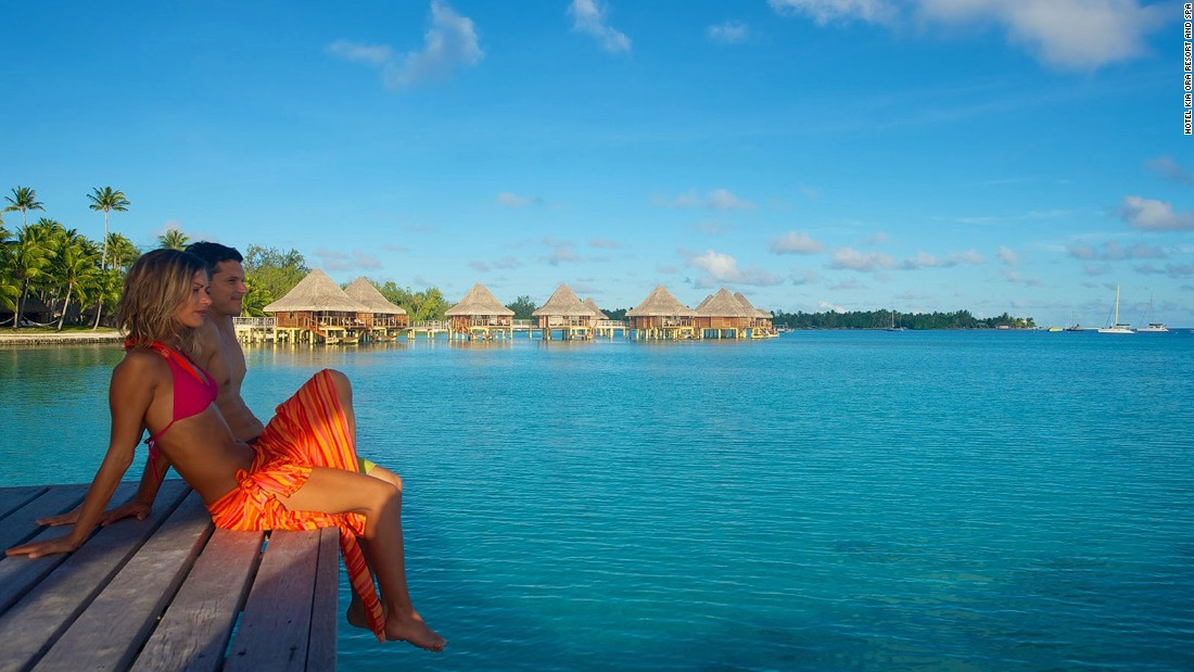Kia Ora has 60 luxury waterfront villas and bungalows on the beach or overlooking the lagoon.