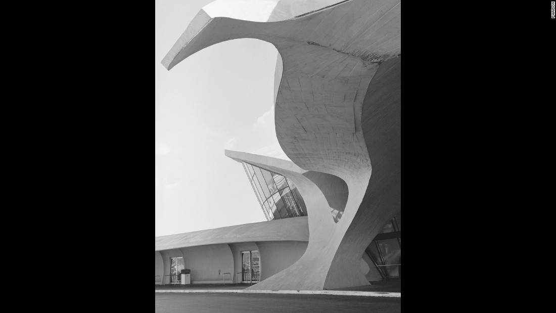 Trans World Airlines (TWA) Terminal, JFK Airport, New York, New York, USA, 1962 by Eero Saarinen and Associates