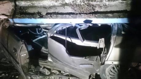 cnnee digital pkg ecuatoriana relata como sobrevivio a el terremoto _00013413