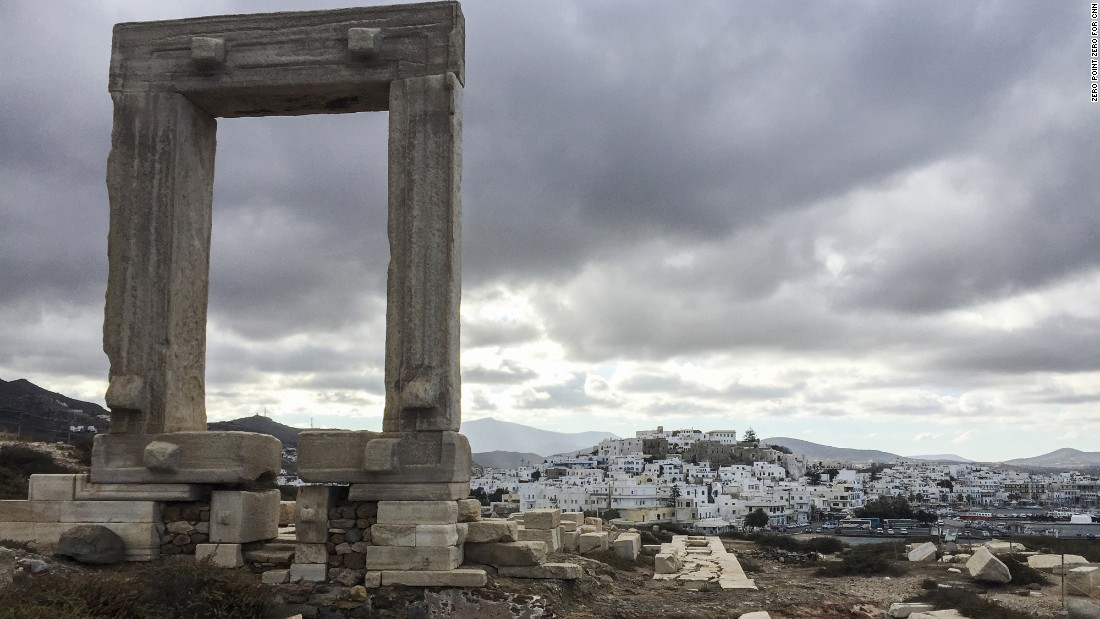 It's believed that the Portara on Naxos stands in honor of the god Apollo.