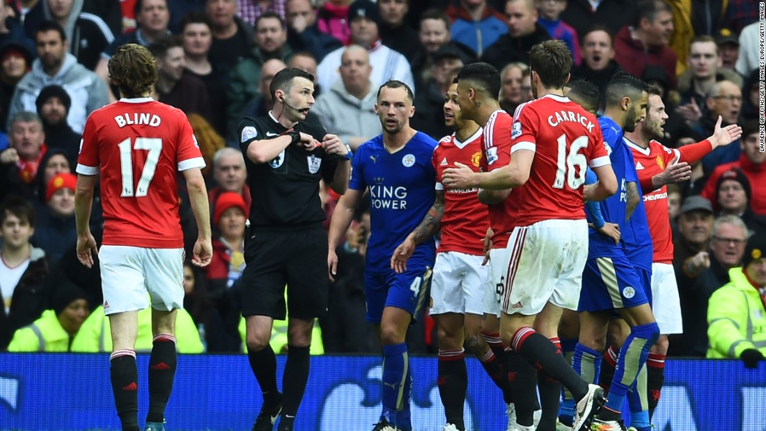 Leicester were reduced to 10 men when Danny Drinkwater was sent off by referee Michael Oliver in the game's closing stages.