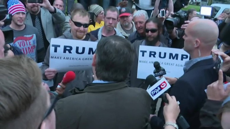 Cruz and Trump supporters get in heated exchange