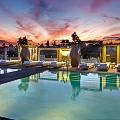 SLS-Beverly-Hills-pool