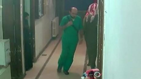 cnnee pkg frei hospital aleppo bombardeado video camaras seguridad_00004402