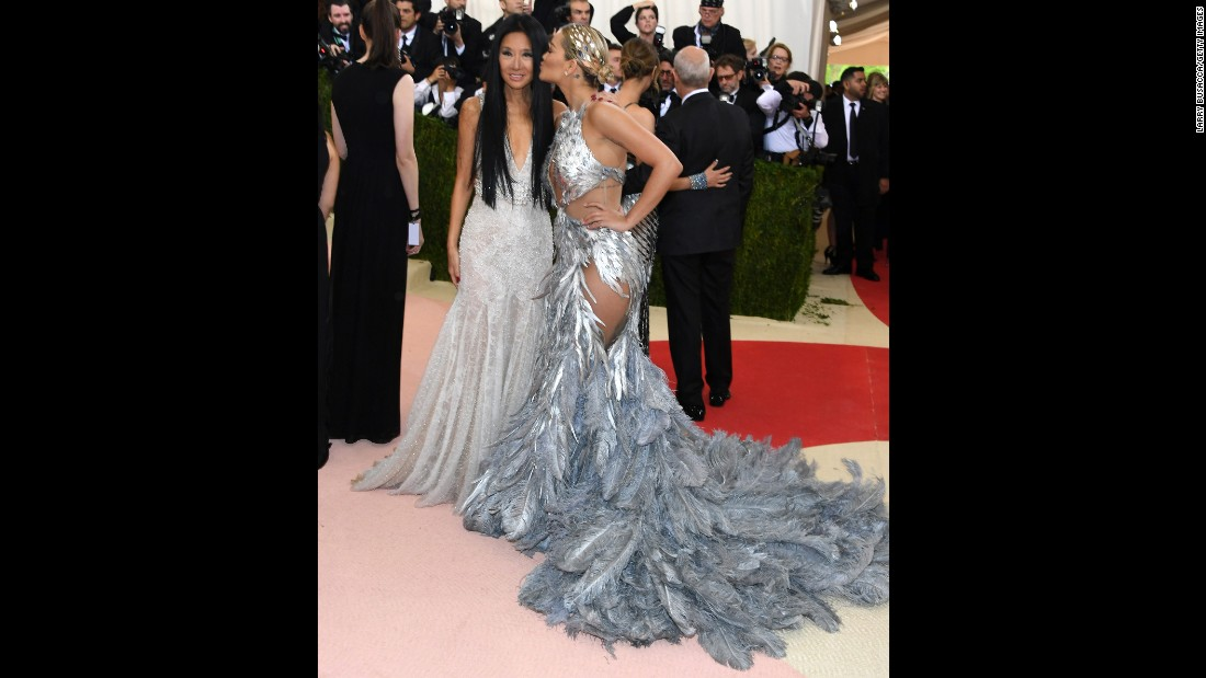 Vera Wang, left, and Rita Ora