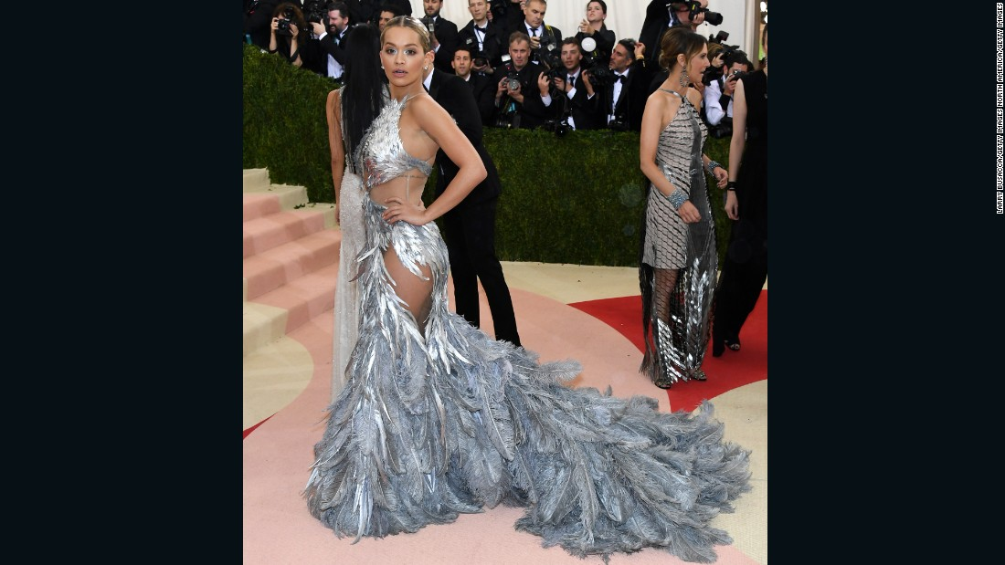 Singer Rita Ora was dressed in a feathered gown by Vera Wang.