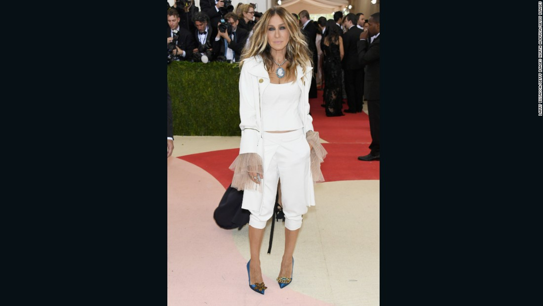 Actress Sarah Jessica Parker wears Monse, an  up and coming brand.