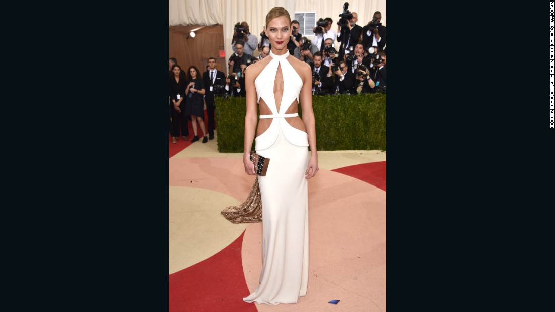 Model Karlie Kloss wears Brandon Maxwell.