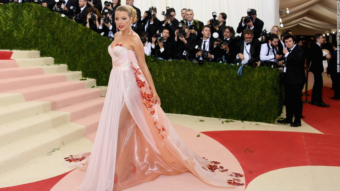Blake Lively wore this pink gown by Burberry.
