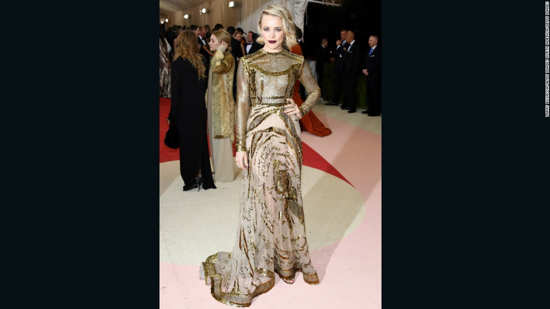Actress Rachel McAdams wears Valentino.