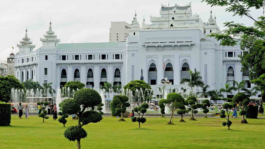 City Hall, included on the Yangon City Heritage List, was built in several stages from 1925 to 1940.