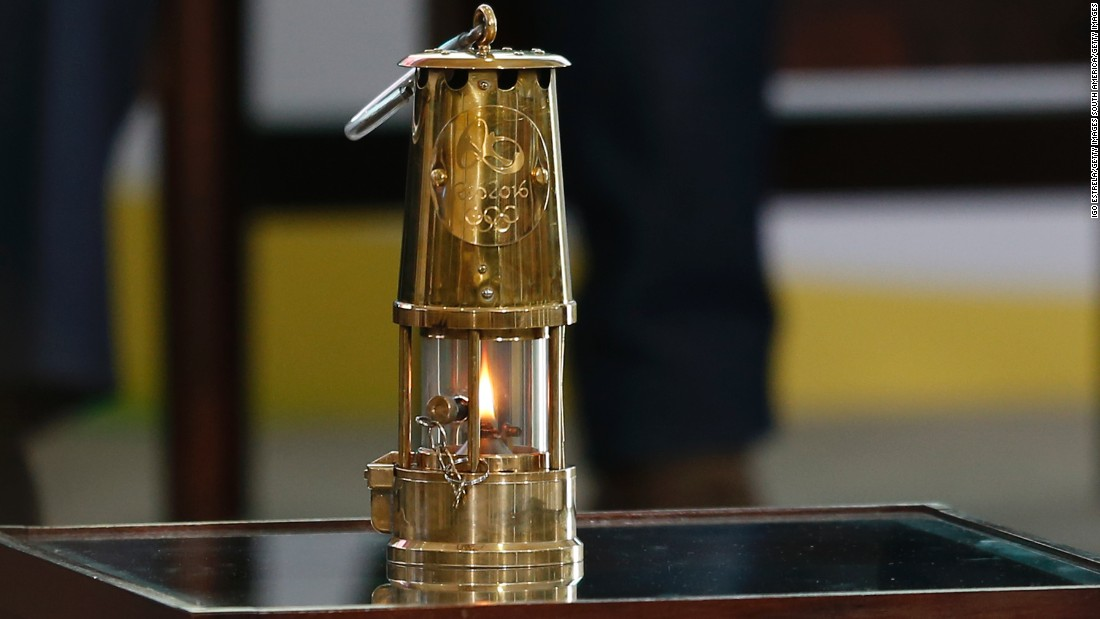 The Olympic flame arrived on its own private flight form Switzerland. It was kept inside a gold lantern and transferred to Planalto presidential palace.