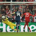 Oblak penalty save