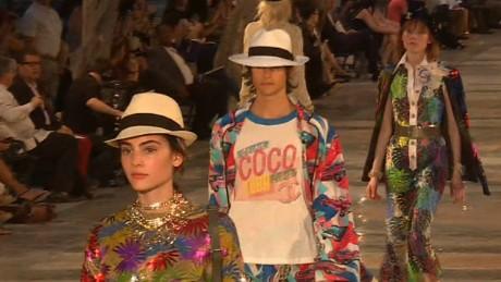 Chanel turns Havana streets into runway