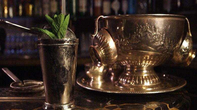 Kentucky Derby: How to make the perfect Mint Julep - CNN.com