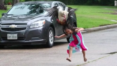 texas goose attack 5 year old viral pictures pkg_00010011.jpg