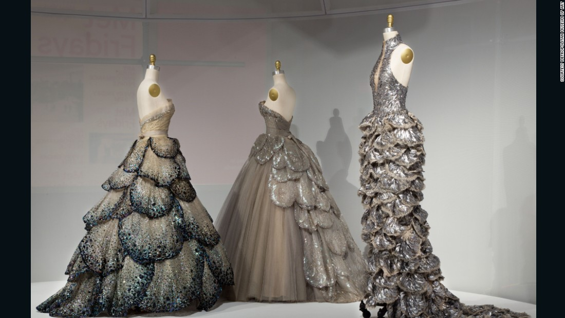 "The exhibition <a href=""http://edition.cnn.com/2016/05/05/fashion/manus-x-machina-met-exhibition/"" target=""_blank"">""Manus x Machina: Fashion in the age of technology,"" </a>held at the Costume Institute at the Metropolitan Museum in New York, explored the interplay between fashion and technology, and showcased works by designers such as Iris van Herpen, leading the charge."