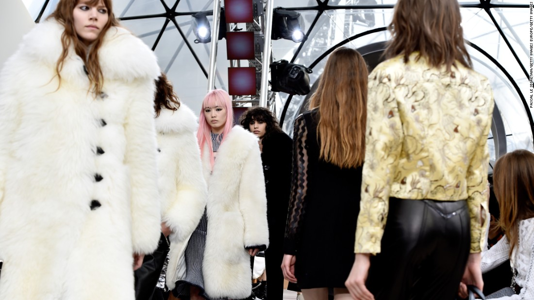 Louis Vuitton Autumn-Winter 2015 collection.