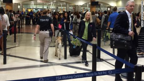 TSA woes: Privatize airport security?
