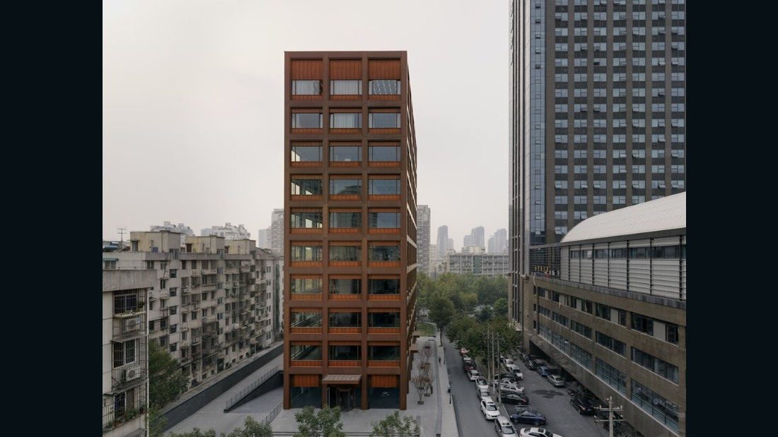 Office Building, Moganshan Road. David Chipperfield Architects. Hangshou, China. (Photo: Simon Menges)