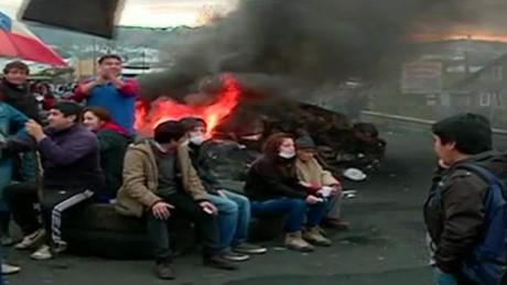 cnnee encuentro sebastian fuentes pescadores chile protesta marea roja_00011116